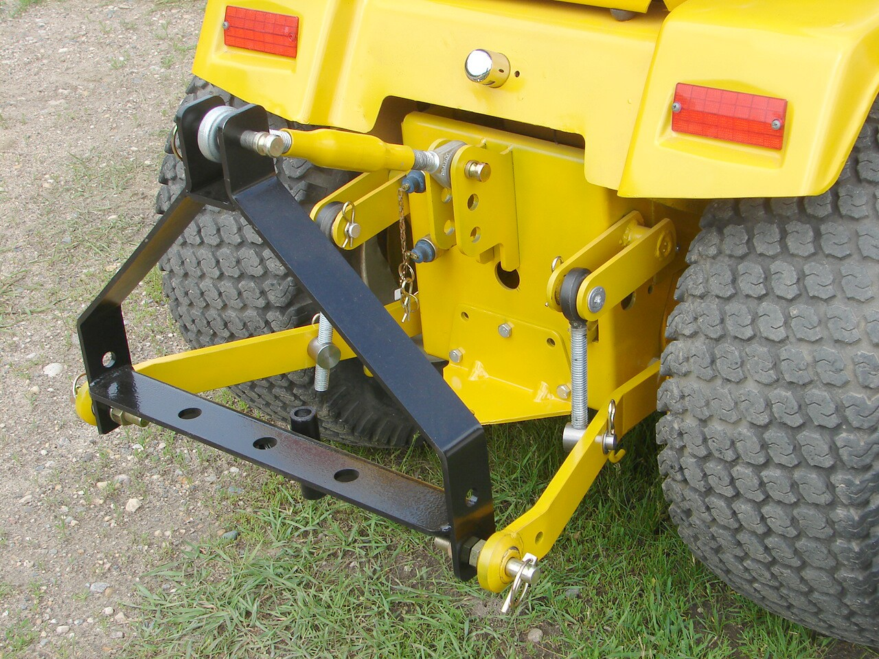 Category 0 Tractor Plow : International harvester ih cub cadet points sleeve hitch